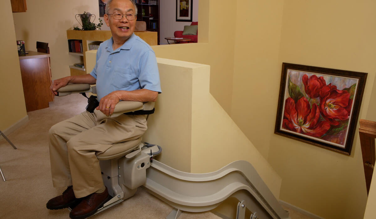 Ban in Elite Curved Rail stairlift